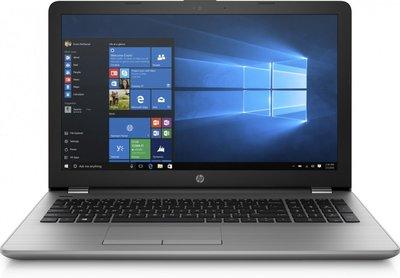 HP 250 G6 / 15.6 F-HD / I7-7500U / 4GB / 240GB SSD / DVD / W10